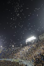 As the teams entered via their much-loved tunnels, confetti glistened in the sky. Pure Argentina.